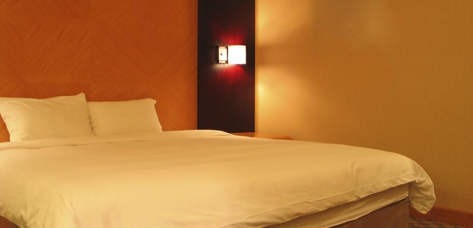 matratzen lattenrost bei decker m bel ihr m belhaus in d ren. Black Bedroom Furniture Sets. Home Design Ideas