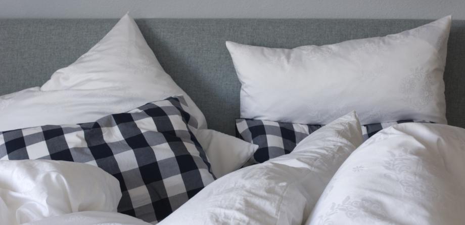 Schlafzimmer Möbel bei Decker-Möbel – Ihr Möbelhaus in Düren
